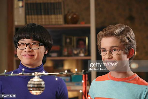 THE GOLDBERGS 'Baio and Switch' Beverly decides to volunteer for Hands Across America in an attempt to get closer with Barry and Erica She gets them...