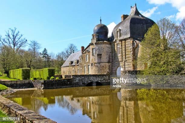 Bais : the Montesson chateau, castle registered as a National Historic Landmark .