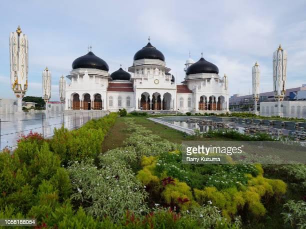 baiturrahman grand mosque, banda aceh. - banda aceh stock pictures, royalty-free photos & images