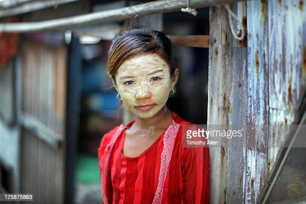 bajau sea gypsy girl on her houseboat - bajau stock pictures, royalty-free photos & images