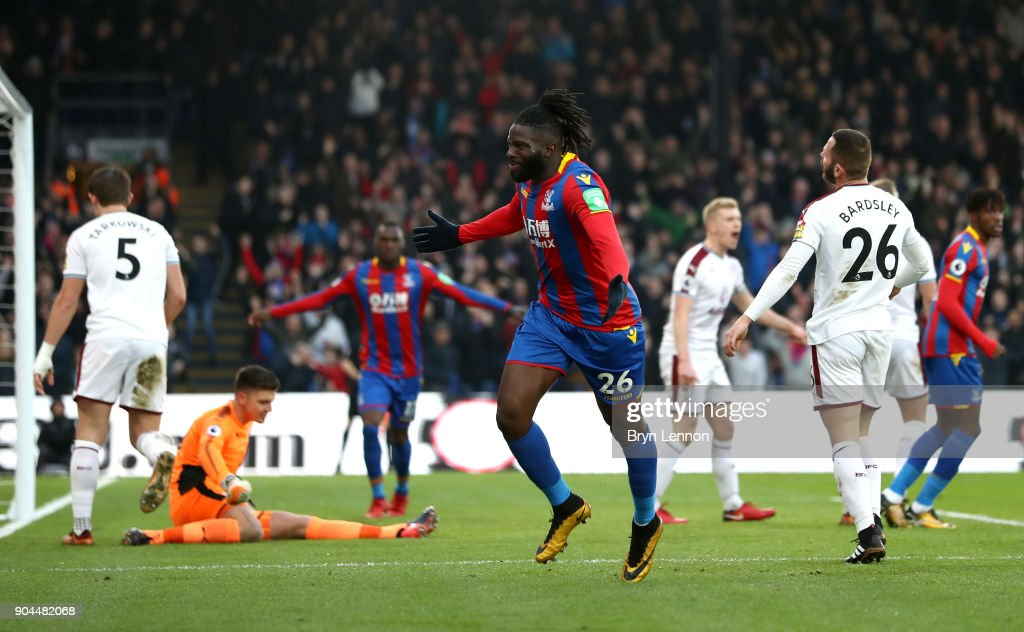 Bakary Sako of Crystal Palace celebrates after scoring his sides first goal during the Premier League match between Crystal Palace and Burnley at Selhurst Park on January 13, 2018 in London, England.