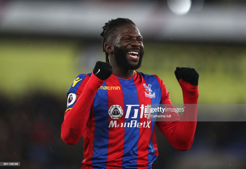 Bakary Sako of Crystal Palace celebrates after the Premier League match between Crystal Palace and Watford at Selhurst Park on December 12, 2017 in London, England.