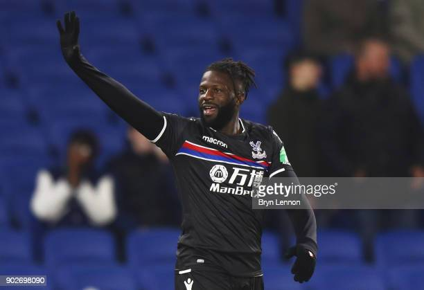 Bakary Sako of Crystal Palace celebrates as he scores their first goal and equalising goal during The Emirates FA Cup Third Round match between...