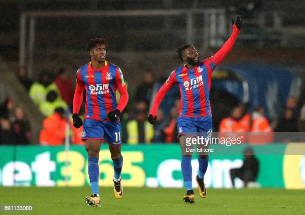 Bakary Sako of Crystal Palace celebrates the first Crystal Palace goal with Wilfried Zaha of Crystal Palace during the Premier League match between...