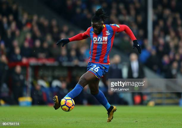 Bakary Sako of Crystal Palace in action during the Premier League match between Crystal Palace and Burnley at Selhurst Park on January 13 2018 in...