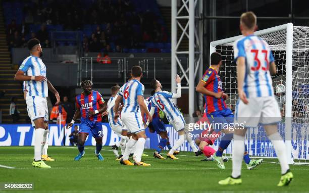 Bakary Sako of Crystal Palace scores his sides first goal during the Carabao Cup Third Round match between Crystal Palace and Huddersfield Town at...