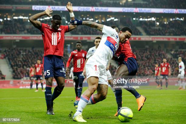 Bakary Soumaoro of Lille Memphis Depay of Olympique Lyon during the French League 1 match between Lille v Olympique Lyon at the Stade Pierre Mauroy...
