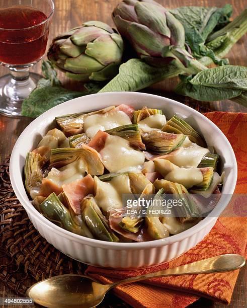 Baked artichokes and mozzarella