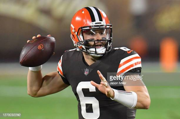 Baker Mayfield of the Cleveland Browns passes against the Cincinnati Bengals during the first quarter at FirstEnergy Stadium on September 17 2020 in...