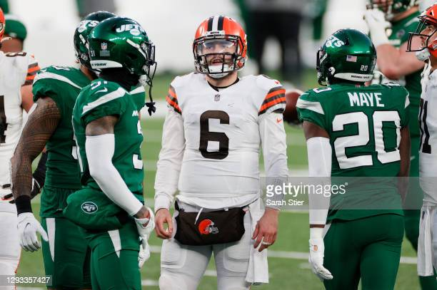 Baker Mayfield of the Cleveland Browns reacts late in the fourth quarter against the New York Jets at MetLife Stadium on December 27, 2020 in East...