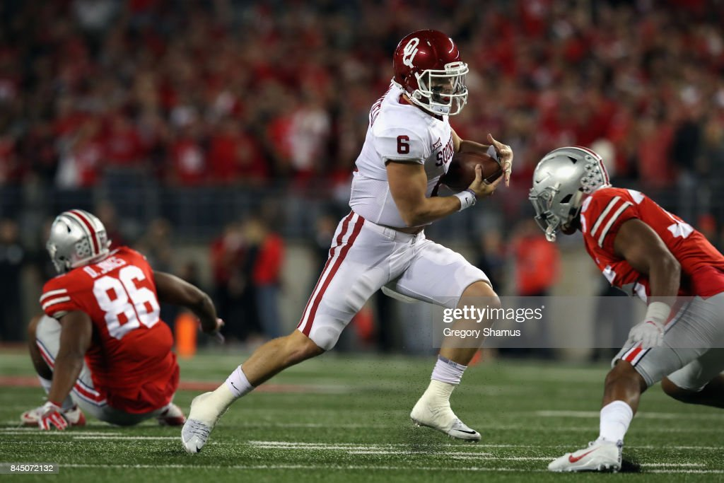 Baker Mayfield #6 of the Oklahoma Sooners runs with the ball during the first half against the Ohio State Buckeyes at Ohio Stadium on September 9, 2017 in Columbus, Ohio.
