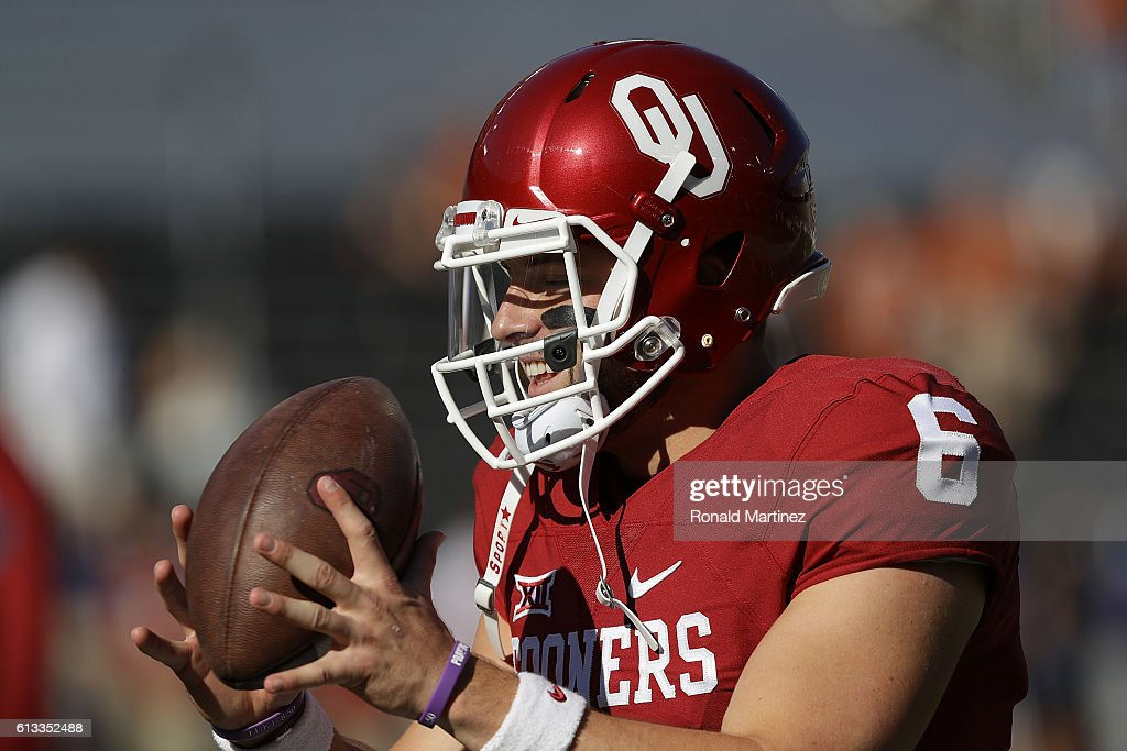Baker Mayfield #6 of the Oklahoma Sooners warms up before a game against the Texas Longhorns at Cotton Bowl on October 8, 2016 in Dallas, Texas.