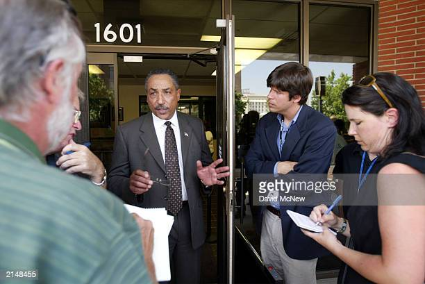 Bakersfield Police Chief Eric Matlock talks with reporters about the discovery of a murdered family of five July 9 2003 in Bakersfield California...