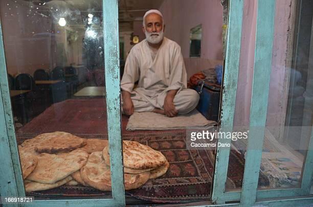 CONTENT] Bakery offering fresh bread in Kabul Kabul 2012 Badakhshan_2012 470