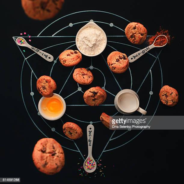 baking alchemy - alchimie photos et images de collection