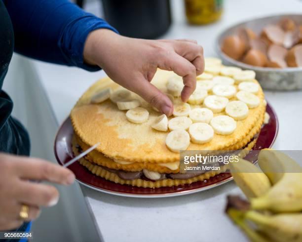 Baking cake process