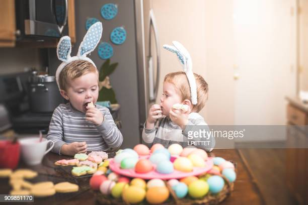 baking easter cookies - easter candy stock pictures, royalty-free photos & images