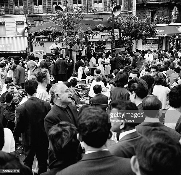Bal du 14 juillet place SaintMichel à Paris France le 14 juillet 1961