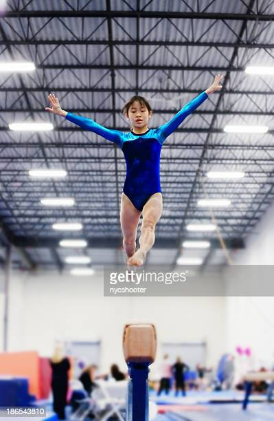 balance beam routine - balance beam stock pictures, royalty-free photos & images