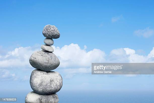 balance - andrew dernie stock pictures, royalty-free photos & images