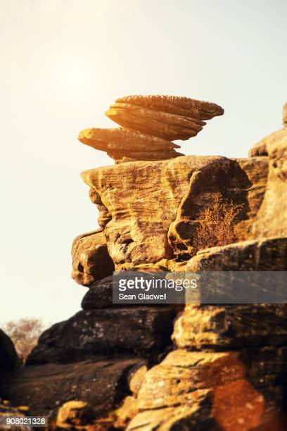 balancing rocks - rock overhang stock photos and pictures