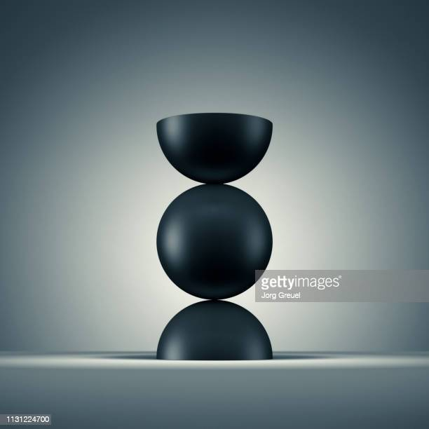 Balancing sphere and hemispheres