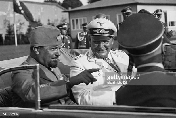 Balbo Italo *05061896Offizier und Politiker I mit Hermann Goering im Wagen bei der Abfahrt vom Flugplatz Staaken zum Hotel `Kaiserhof' in Berlin
