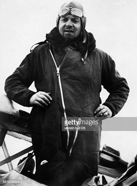 Balbo Italo *05061896Offizier und Politiker I veröffentlicht anlaesslich des Starts zum ersten von Balbo geleiteten TransatlantikFlug eines...