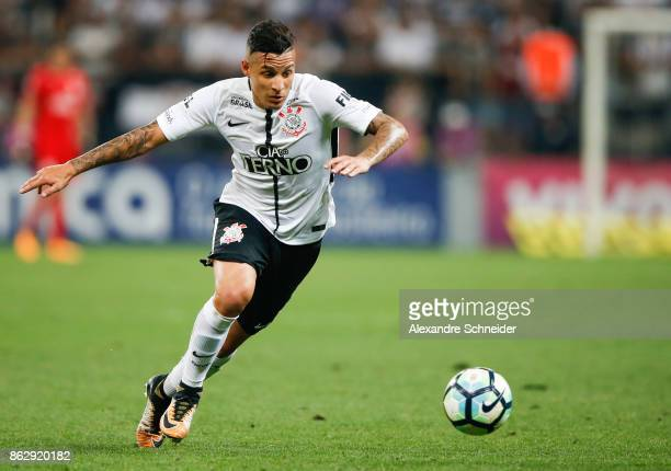 Balbuena of Corinthians in action during the match between Corinthians v Gremio for the Brasileirao Series A 2017 at Arena Corinthians Stadium on...