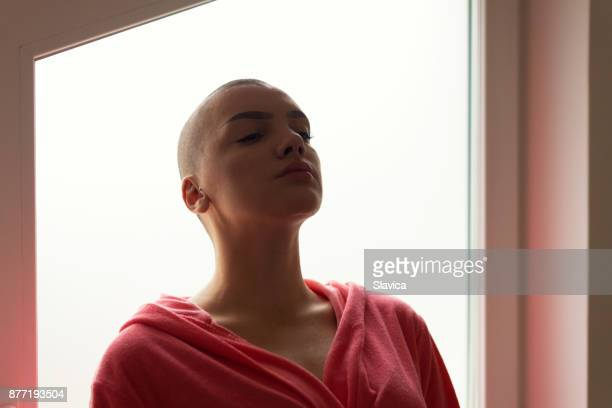 bald woman cancer patient in the hospital - beautiful women breast stock pictures, royalty-free photos & images