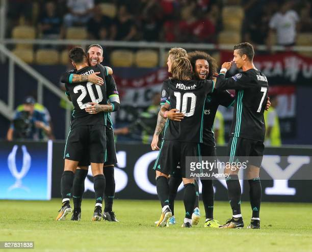 Bale Marco Asensio Modric Marcelo and Ronaldo of Real Madrid celebrate after winning the UEFA Super Cup title in the final match against Manchester...