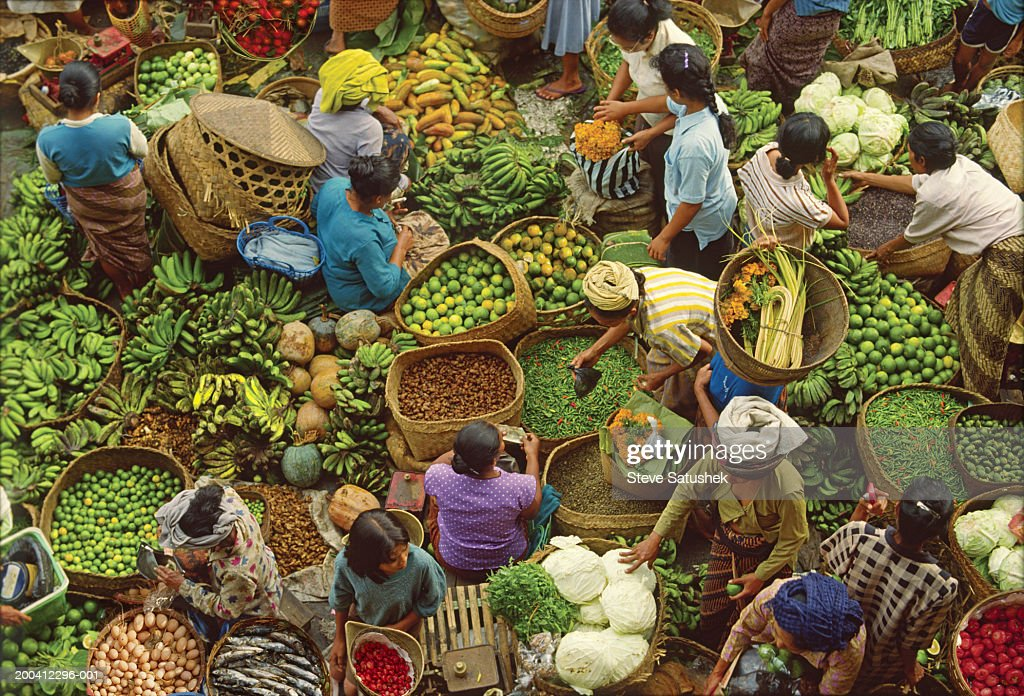 Bali, Ubud, produce market, overhead view : Stock Photo