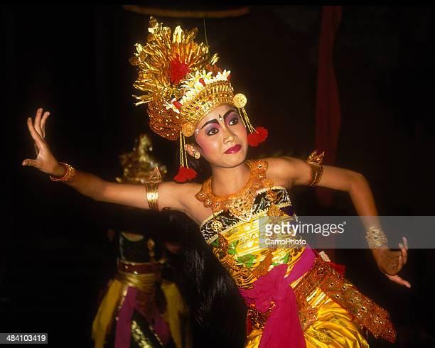 dança balinesa desempenho de ramayana - linda rama - fotografias e filmes do acervo