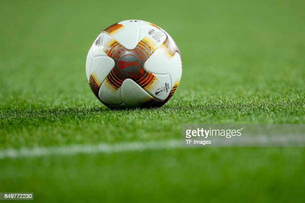 Ball are seen during the UEFA Europa League group H match between Arsenal FC and 1 FC Koeln at Emirates Stadium on September 14 2017 in London United...