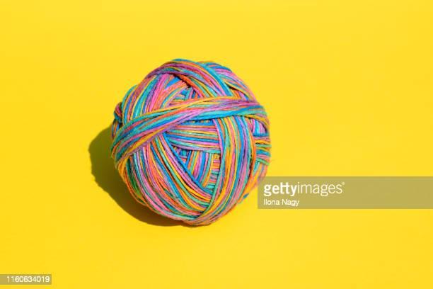 ball made of colorful strings - complessità foto e immagini stock