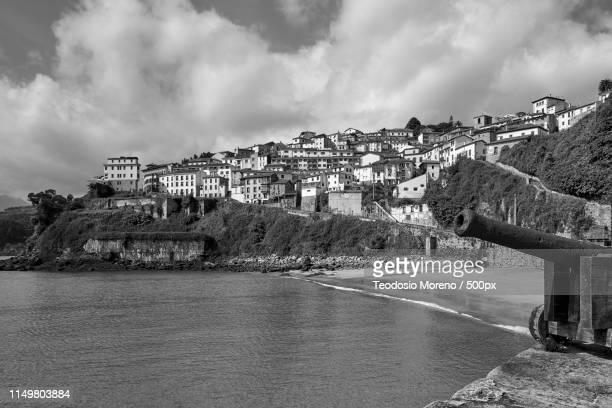 ballasts, asturias, spain - teodosio moreno fotografías e imágenes de stock