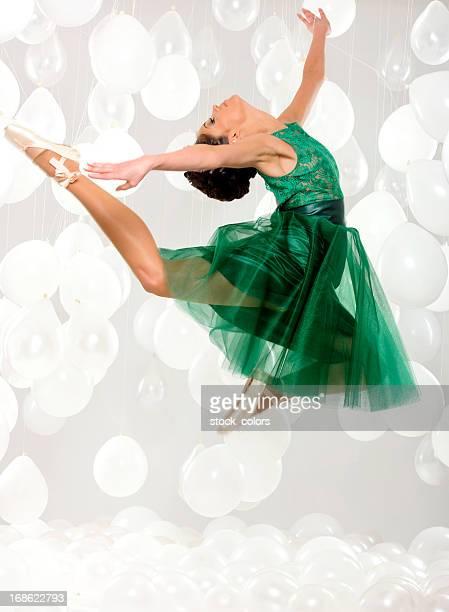 バレリーナのダンス