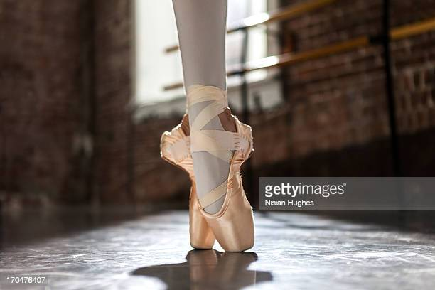 Ballerina feet in Sous sous en pointe