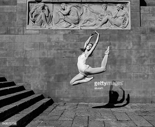 salto bailarina - bailarina - fotografias e filmes do acervo