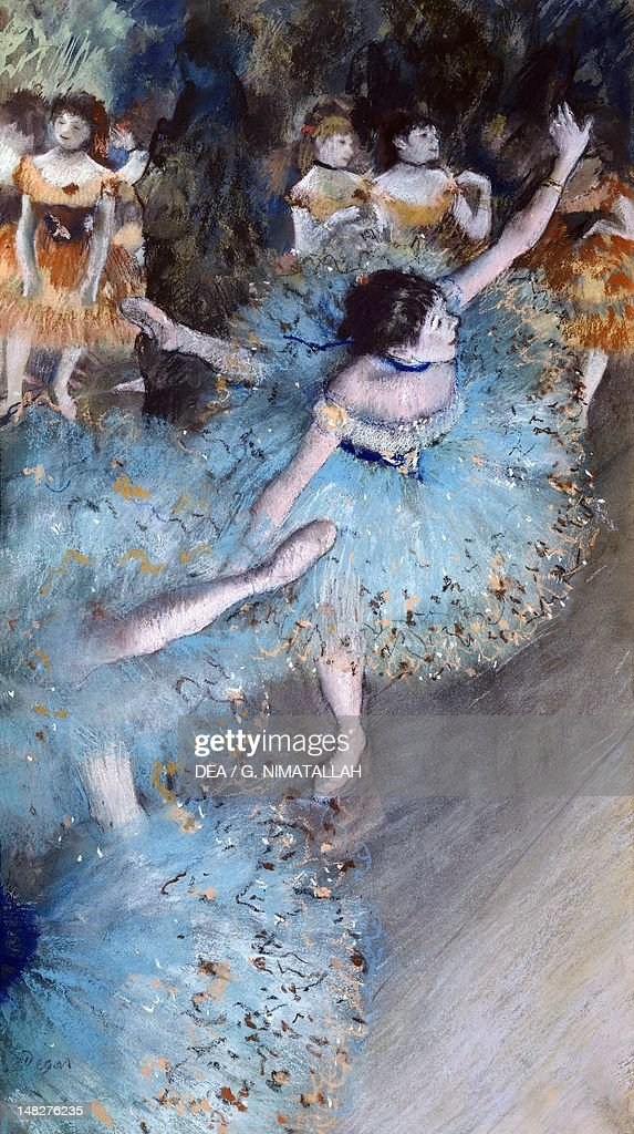 Ballerina on pointe (Green dancer), 1877-1879, by Edgar Degas (1834-1917), pastel and watercolor on paper, 64x36 cm. (Photo by DeAgostini/Getty Images) : News Photo