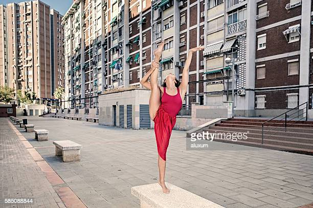 Ballerina performance in the city