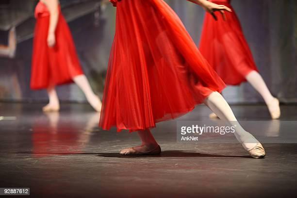 Ballerinas in red.