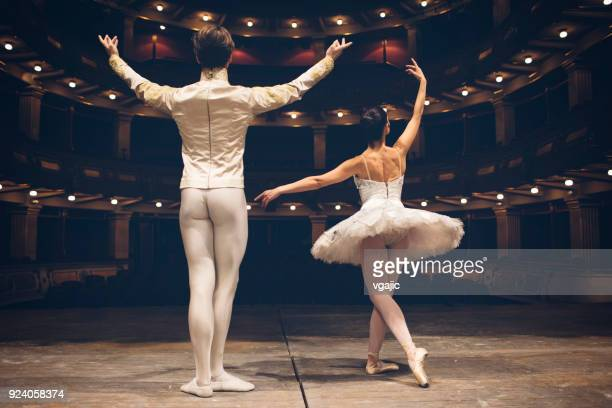 ballerinas life - performance stock pictures, royalty-free photos & images
