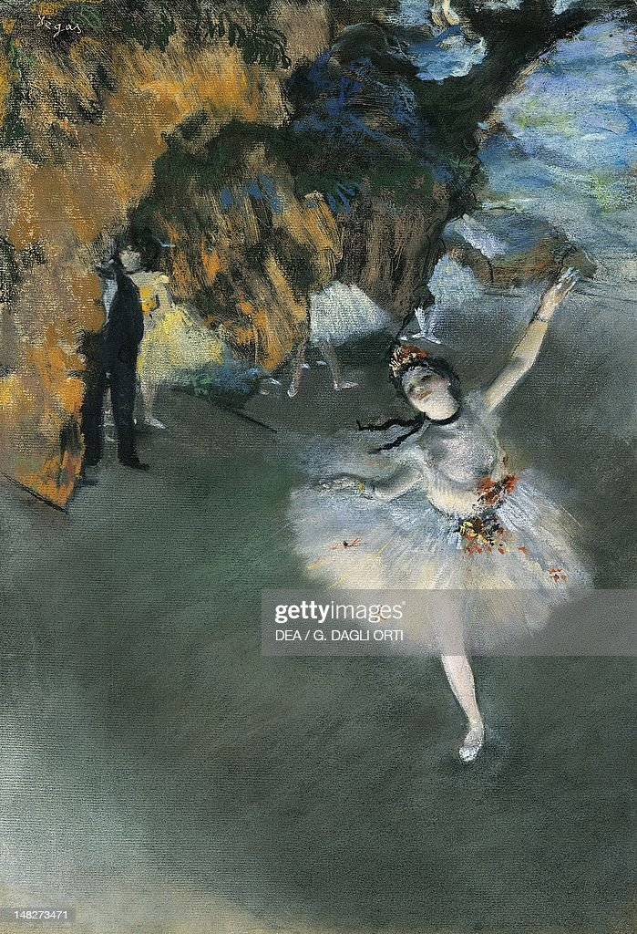 Ballet (L'Etoile), 1876-77, by Edgar Degas (1834-1917), pastel on paper. (Photo by DeAgostini/Getty Images) : News Photo