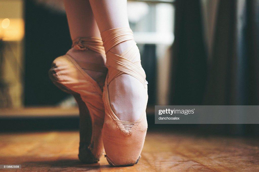 Ballet dancer feet : Stock Photo