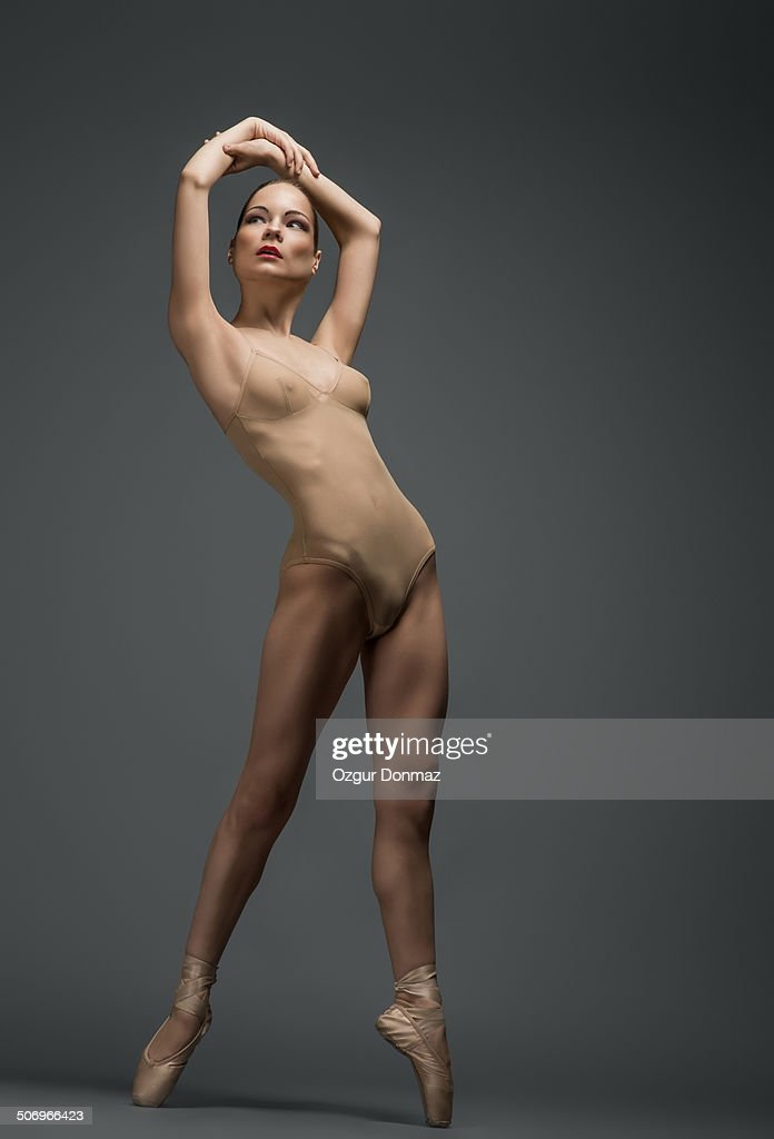 Ballet dancer : Stock Photo