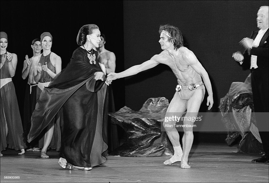 Nureyev & Graham Onstage For The Curtain Call : News Photo