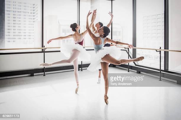 Ballet dancers in rehearsal studio