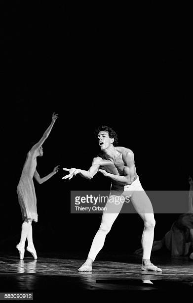 Ballet dancers perform the Maurice Bejart choreography Ce que l'amour m'a dit featuring music from Gustav Mahler and created for dancer Jorge Donn...