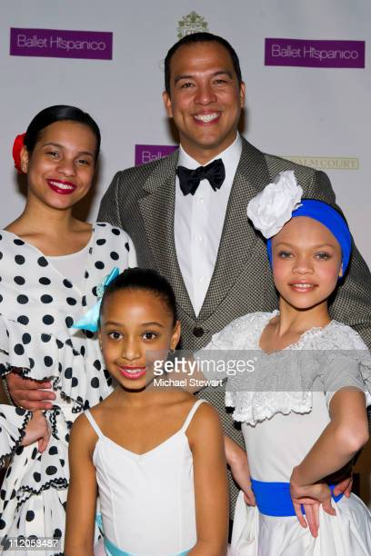 Ballet Hispanico artistic director Edwardo Vilaro with dancers Giarra Harris Abigail Cedano and Angela Paulino attend the Ballet Hispanico 40th...
